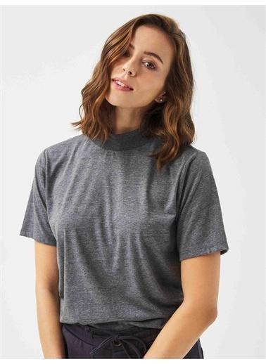 Xint XINT Dik Yaka %100 Pamuk Rahat Kesim Basic Tişört Antrasit